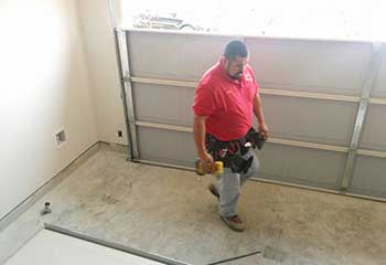 Garage Door Panel Replacement | Crystal Lake
